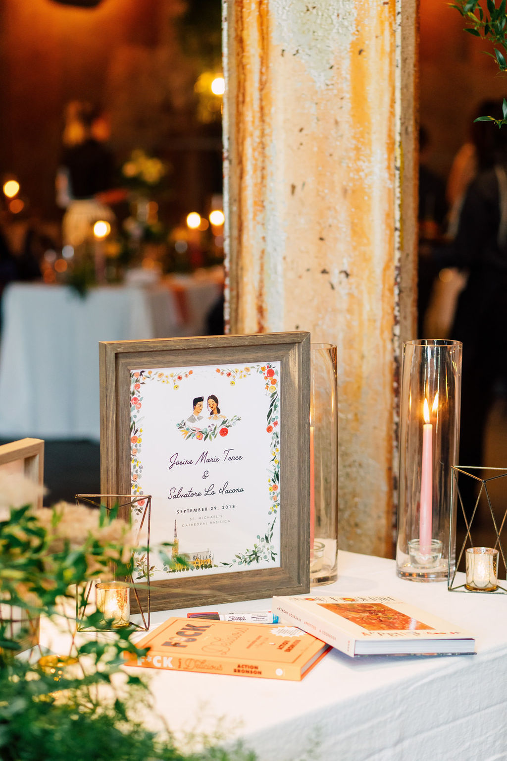 jolly-edition-toronto-wedding-welcome-table